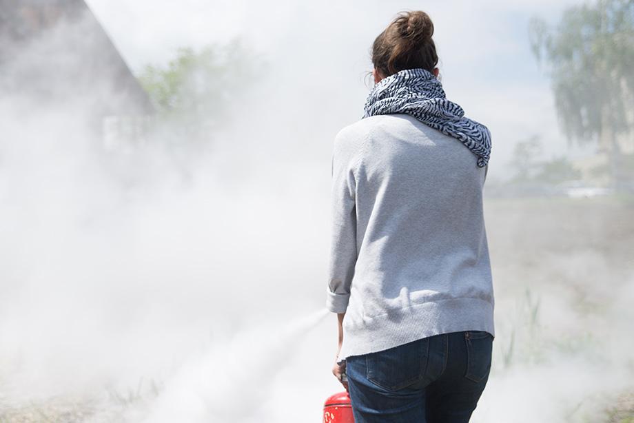 Veronika disappearing in smoke