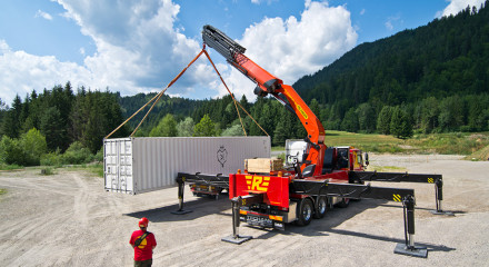 Powerful new crane by company Palfinger